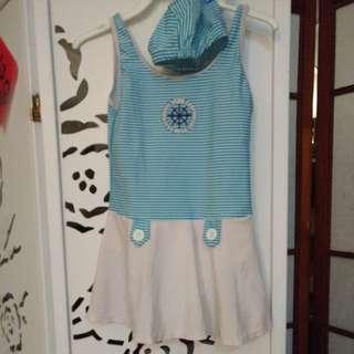 🚚 女童泳衣海軍風(6-7歲)