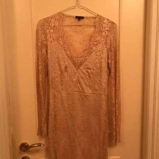 Beautiful Lace Evening Dress (size Small)