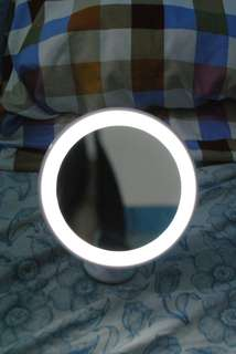 Chargeable Vanity Mirror (used 2x only)