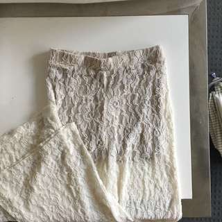 White lace high waist culottes