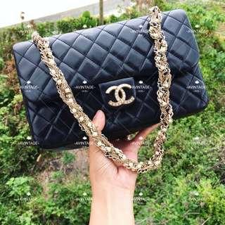 (SOLD)Chanel 限量版黑色羊皮珍珠鏈 Classic Flap