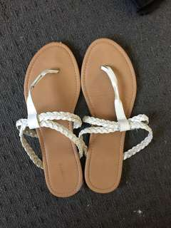 Forever new Sandals size 9