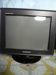 Monitor crt 15in