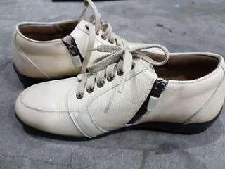 Ellin shoes Size 7 from Korea