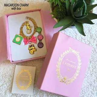 ✨MACAROON BAG CHARM w/ box