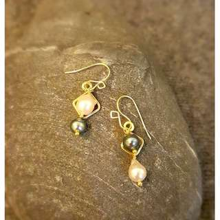 HANDMADE! Genuine Pearl Earrings 20099
