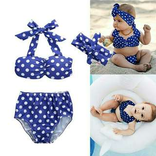 *FREE DELIVERY to WM only / Pre order 15-18 days* Kids 3pcs bikini set each as shown design/color. Free delivery is applied for this item.
