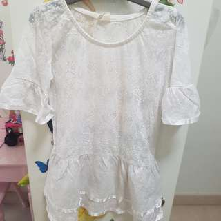 White Lace Top for girls between 3-5years old