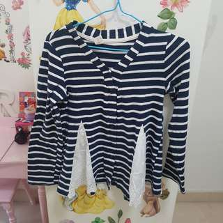 Stripped shirt for girls between 3-5years old
