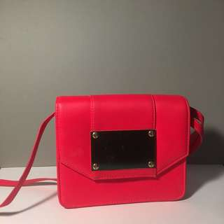 H&M women's small shoulder bag red