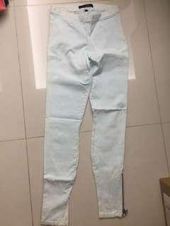 🚚 名牌淺藍白雲長褲
