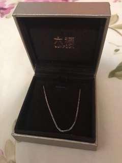 六福18k玫瑰金純頸鍊