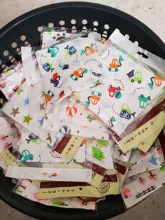 CLEARANCE SALES!! BABY TRIANGULAR BIBS!!