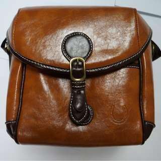 全新 復古輕便 啡色迷你相機袋 Camera Bag 可作單肩袋用 Olympus Canon Sony Nikon CASIO