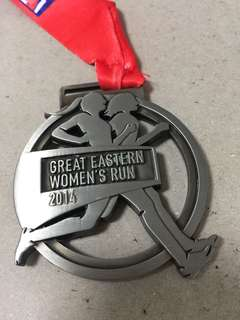 21.1Km Finisher medal -Great Eastern Women's run 2014