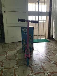 Kixi Scooter