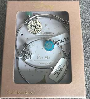 Disney Frozen Mommy and Me Stainless Steel Bangle Set