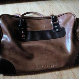 Leather Travelling Bag