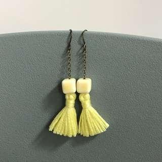 Free mail! Yellow Dangle Tassel Earring