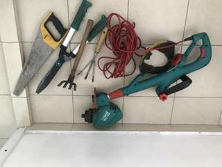 Selling Bosch electric grass trimmer