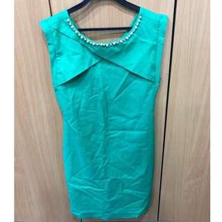🚚 (FK) BYSI Green Pearl Dress