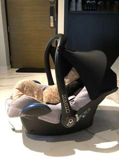 Maxi Cosi Car Seat Can Attached to Quinny or selected prams