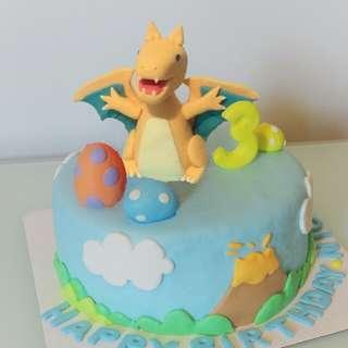 噴火龍蛋糕