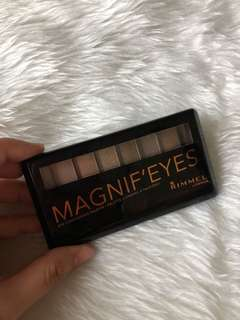 Rimmel Magnif'Eyes Eyeshadow Palette in 01 Keep Calm and Wear Gold