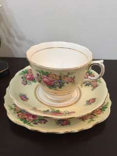 Tea Cup Set trio