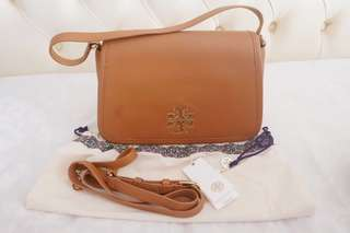 Tory burch britten brown