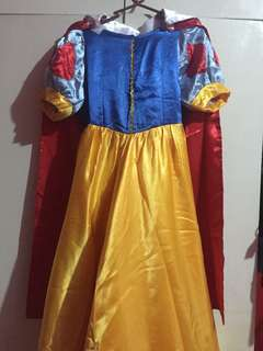 SnowWhite Costume for 7-9 yrs old