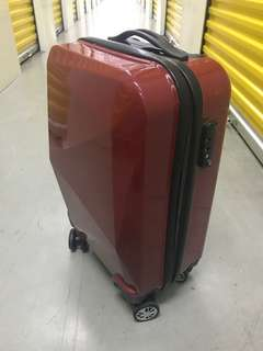 Cabin size luggage bag x 2 pieces (Each $40 only)
