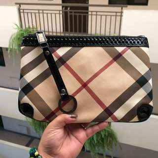 AUTHENTIC BURBERRY POUCH