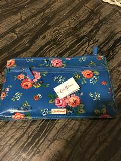 BNWT Cath kidston Make up zip purse