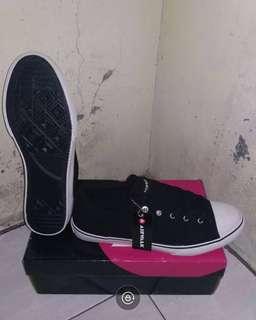 Sepatu Airwalk Davio