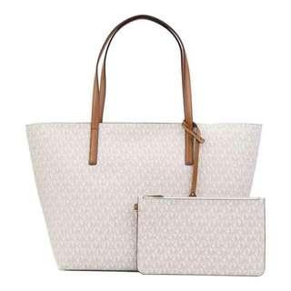 April new Arrival replica bags