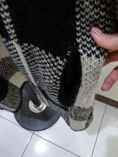 🚚 厚針織格紋外套