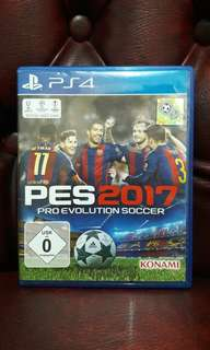 Kaset game playstation 4 pes 2017 bola