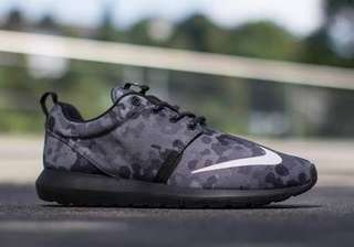 Roshe Run NM FB Black Camo