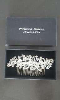 Bridal crystal hair piece