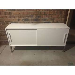 White cabinet/tv unit