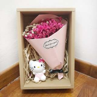 Dried flowers bouquet with hello kitty and fairy lights