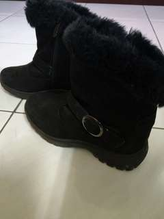 🚚 雪地行走也不怕,極保暖雪靴