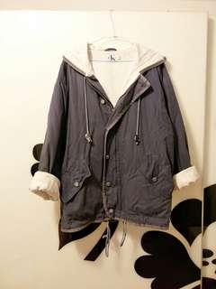 🚚 正品Calvin Klein CK古著Vintage深藍色長版帶帽棉質大衣、外套