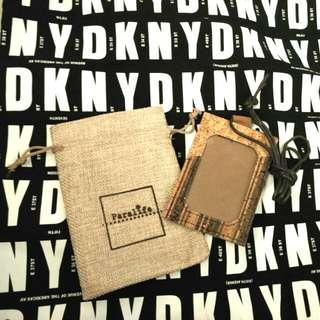 Paralife 型格水松木 Card holder 咭片/ 証件套 連原裝索袋