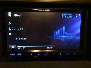 Pioneer touchscreen dvd car audio with 2 amp,Roger subwoofer,4 speakers,2 tweeters,reverse camera and song dvd changer