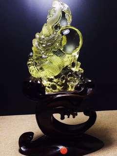 Natural yellow crystal dragon ball.