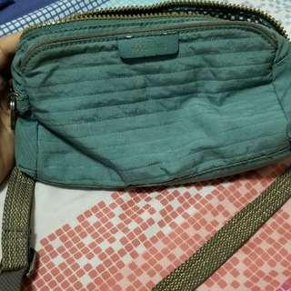 kipling body/sling bag new abela authentic