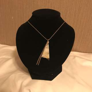 nwt harajuku minimalistic marble and golden triangle long necklace