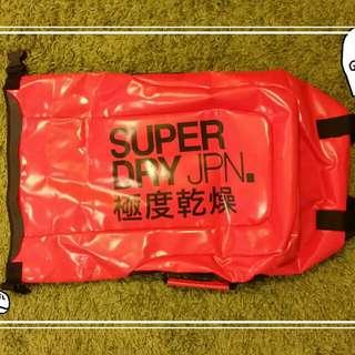Superdry 極度乾燥 後背包 電腦包 防水
